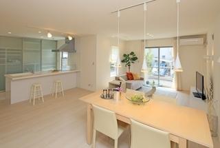 キッチン~白いダイニング.jpg